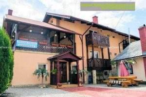 Pensiunea Alexandra - Cazare Bucovina, Cazare Vatra Moldoviței - Exterior intrare curte