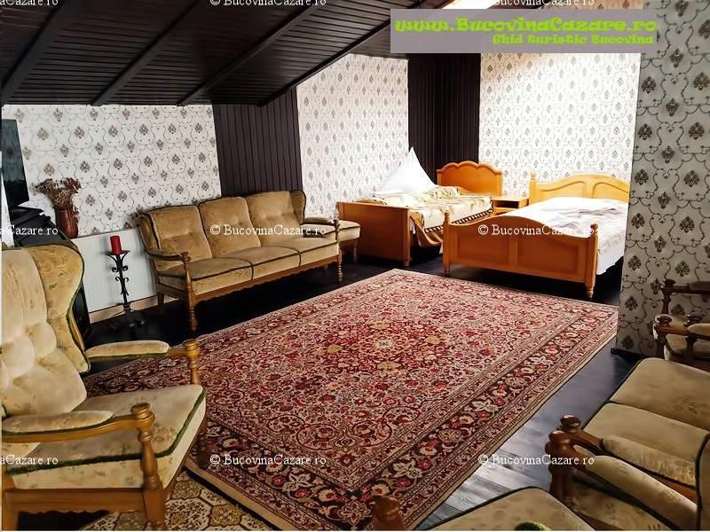 Pensiunea Orhideea - Cazare Bucovina, Cazare Gura Humorului - Interior camera triplă superioară 1