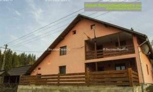 Pensiunea Vila Mitică Moglan - Cazare Bucovina, Cazare Slătioara, Cazare Frasin - Exterior intrare principală