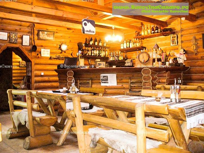 Restaurantul La Popasul Baciului - Restaurante Bucovina, Restaurante Câmpulung Moldovenesc, Restaurante Suceava - interior restaurant bar 2
