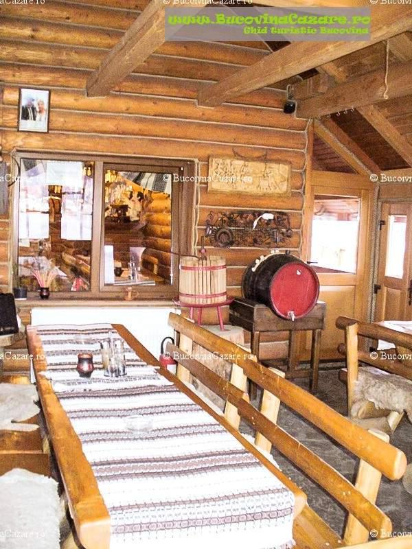Restaurantul La Popasul Baciului - Restaurante Bucovina, Restaurante Câmpulung Moldovenesc, Restaurante Suceava - interior restaurant bar 10